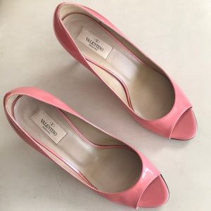 Valentino open toe low heels Sz 40/9.5